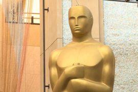 У театра «Долби» готовят декорации к «Оскару»