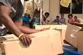 Спасатели добираются до отдалённых островов Фиджи