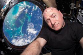 Годовая миссия Скотта Келли на МКС завершается