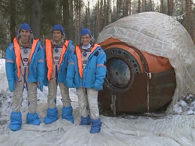 Экипаж 48-й экспедиции готовится к полёту на МКС
