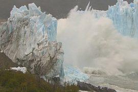 Ледник Перито-Морено устроил ледовое шоу