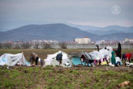 Новые лагеря беженцев растут в Греции