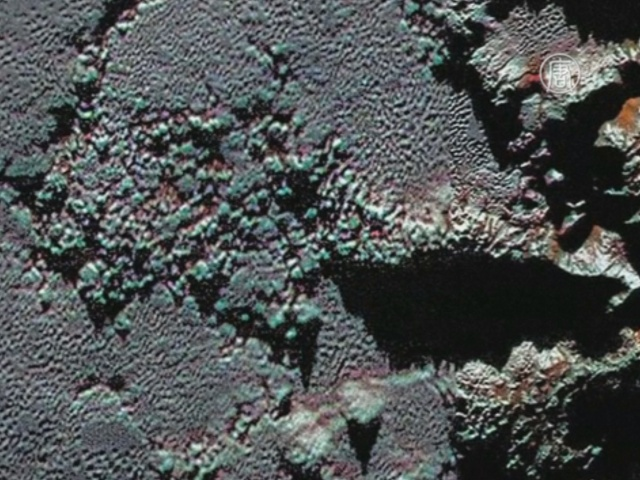 Новые снимки раскрывают тайны Плутона