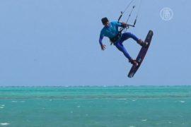 Кайтсёрферы покоряли ветер и волны в Египте
