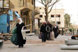 Жители Пальмиры возвращаются в разрушенный город