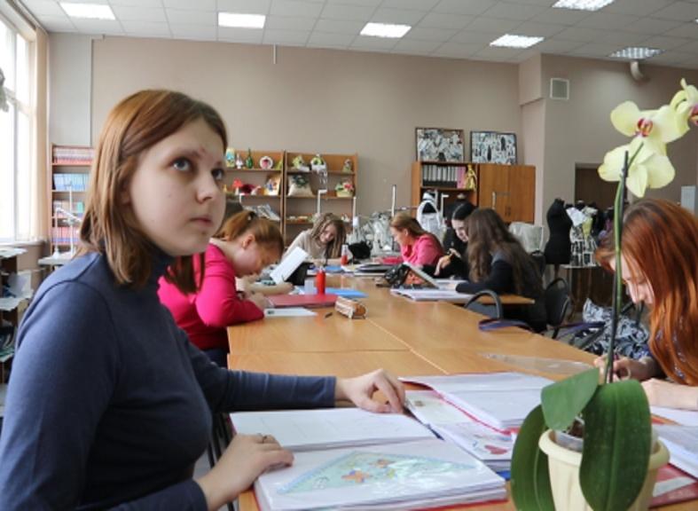 Техникум или вуз: в России растёт популярность СПО