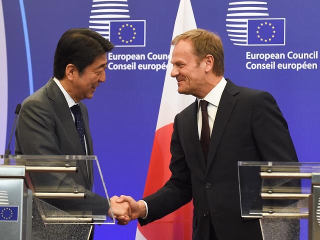ЕС снова обсудил с Японией зону свободной торговли