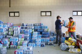Волонтёры Торонто помогают погорельцам из Альберты