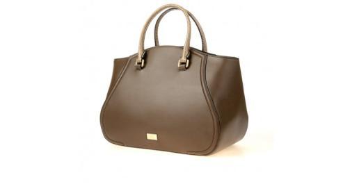Галантерейный интерес – всевозможные сумки  и сумочки