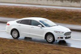 Испытания автомобилей на гоночных трассах