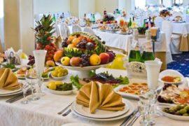 Проведение торжества в банкетном зале — удобство и комфорт