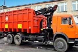 В  борьбе за чистоту Екатеринбурга.