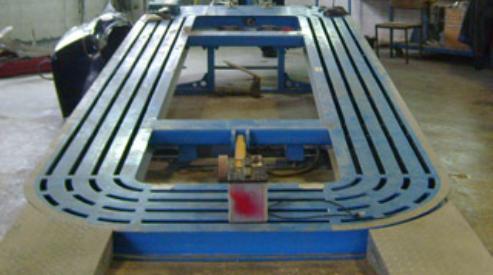 Стапель для правки кузова