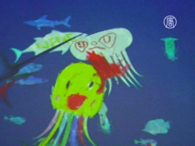 Детские рисунки оживают на интерактивном экране