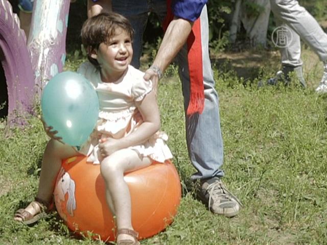 Москвичи приехали к детям из приюта в Воскресенск