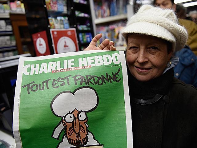 За новым номером Charlie Hebdo выстраиваются очереди